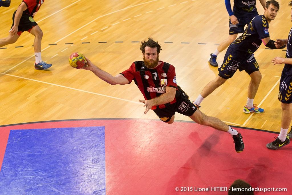 IVRY - MASSY et REMISE DU TITRE CHAMPION DE PRO D2 ! (Lionel Hitier - www.lemondedusport.com)