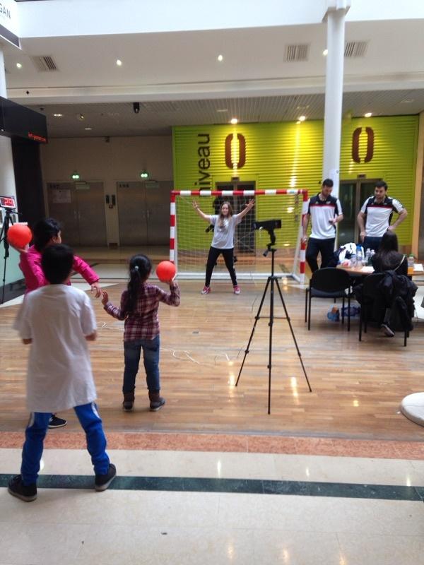 Animation au centre commercial Quais d'Ivry