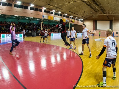 US IVRY - CHARTRES-2